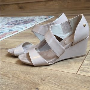 Jones New York wedges